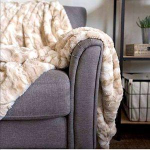 Oversized Throw Blanket Softest Cozy FauxFur